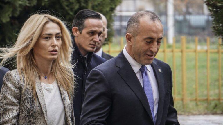 Ramush Haradinaj rreh gruan dhe e bën për spital? Reagon ashpër Anita: Kohët e fundit …