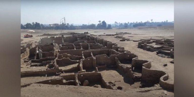 Zbulohet qyteti i artë i humbur në Egjipt/ Zbulimi më i madh pas varrit të Tutankhamunit