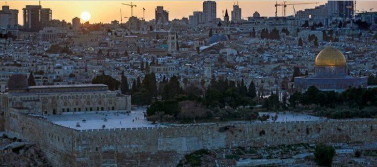 """Analiza e """"NYT"""": Si shpërtheu konflikti Izrael-Palestinë pas disa viteve qetësi"""