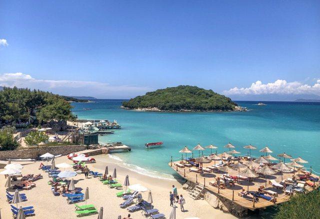 Pushimet shkurtohen, çmimet rriten/ Plazhet më të shtrenjta dhe më të lira nga Jugu në Veri