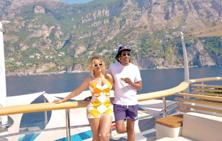Foto nga pushimet e Beyonce dhe Jay-Z  në jahtin super luksoz të Jeff Bezos