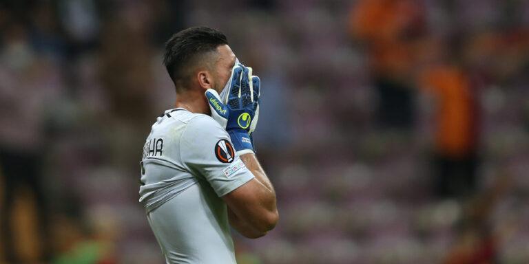 Strakosha shkakton autogol, Lazio humbet në fushën e Galatasaray